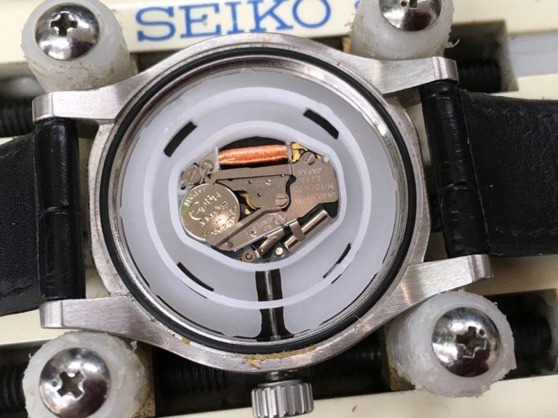 ニクソンの電池交換 腕時計