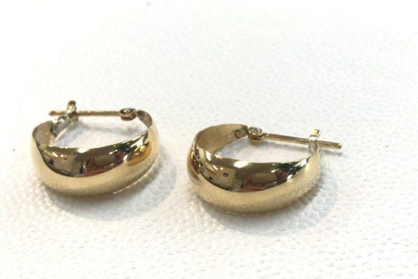 18金のイヤリングをピアスに作り替え。