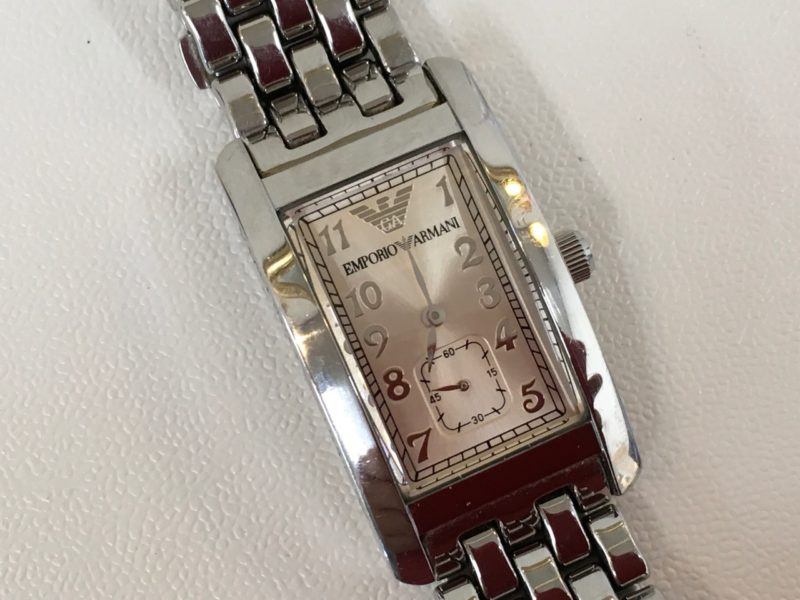 AR-0106 エンポリオ・アルマーニ 腕時計 電池交換