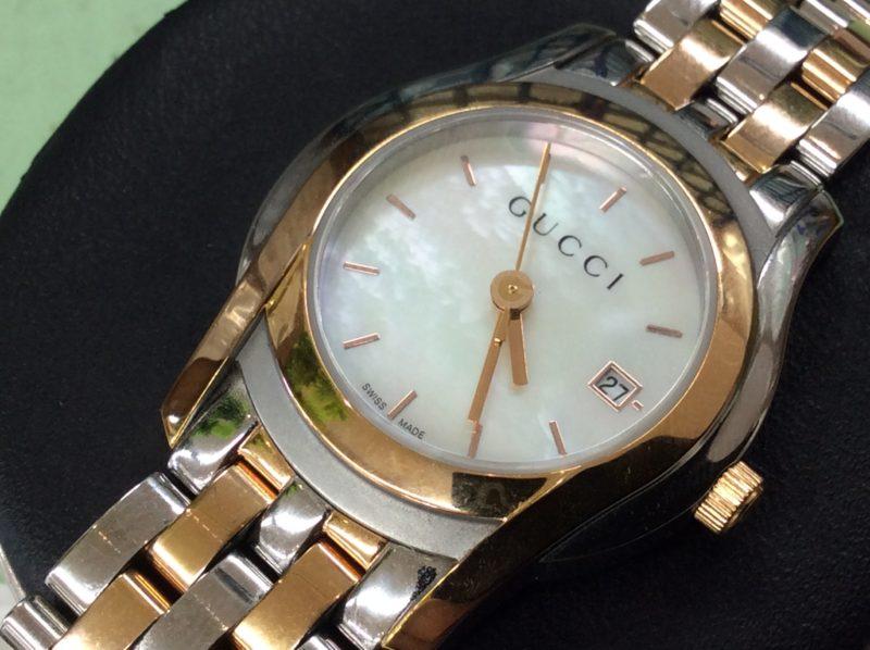 GUCCI 白蝶貝文字盤 腕時計 グッチ 電池交換