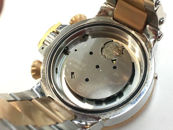 インビクタ腕時計の電池交換
