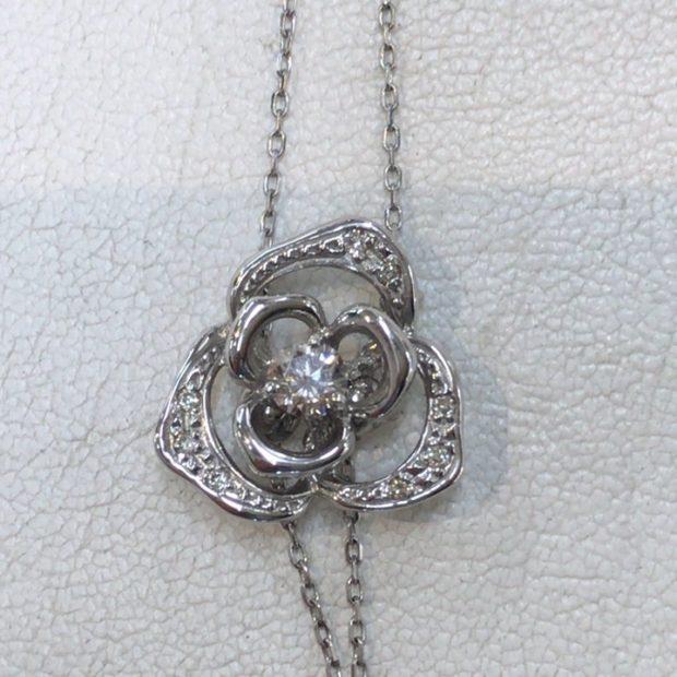 プラチナペンダントネックレスを元のデザインを活かして指輪に作り替えました。 BEFORE