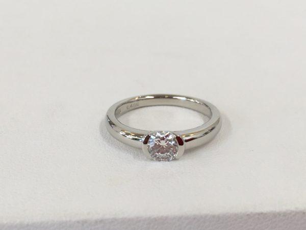 指輪の作り替え 立て爪ダイヤリングのリフォーム