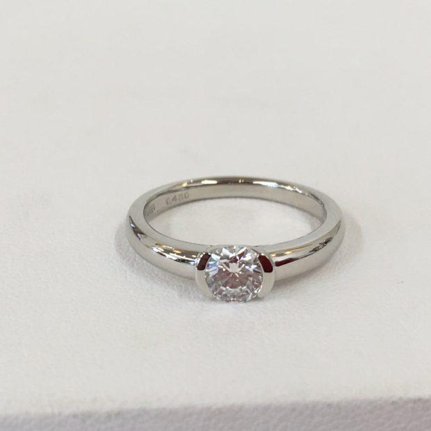 立て爪のダイヤリングの作り替え AFTER