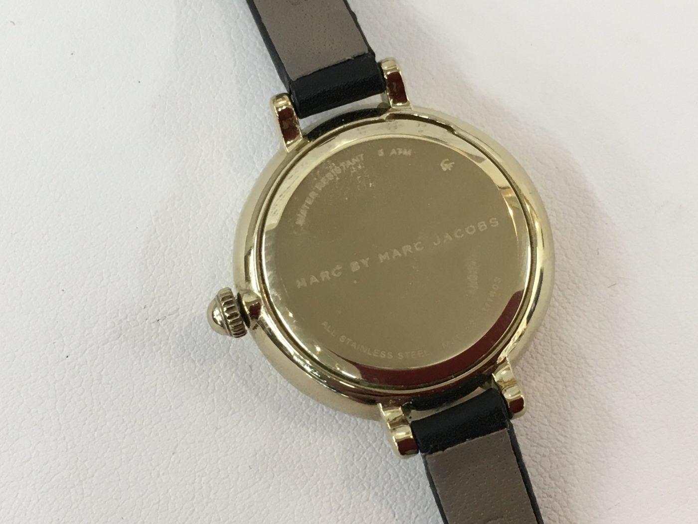 マークジェイコブス 腕時計 電池交換 裏ブタ バッテリー