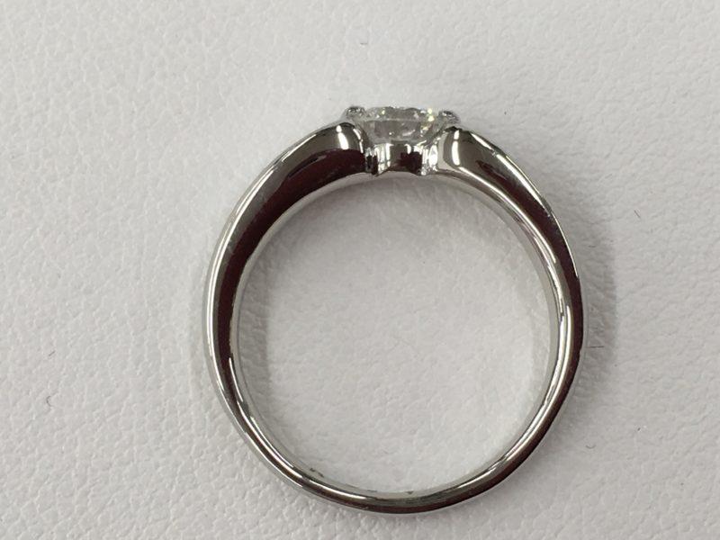 ジュエリーリフォーム 指輪の作り替え 立て爪ダイヤリング 山梨県