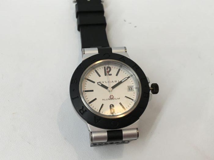 ブルガリの腕時計 アルミニウム 修理 竜頭