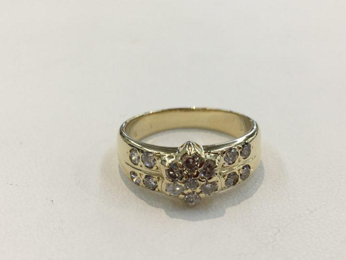 ダイヤ石入れ 指輪の修理