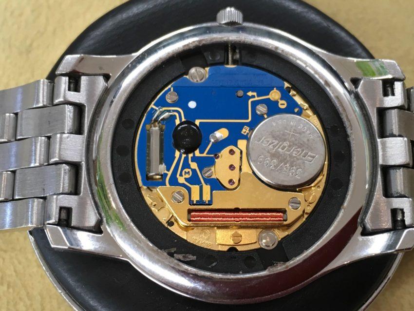 腕時計 ムーブメント 電池交換 GUCCI グッチ