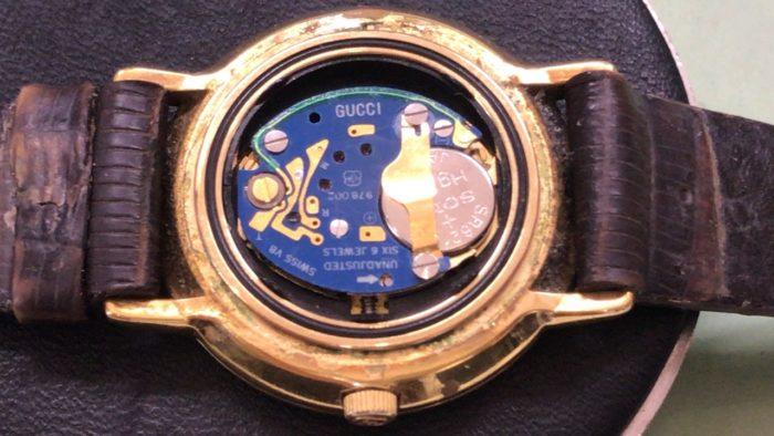 GUCCI 電池交換 腕時計 ETA