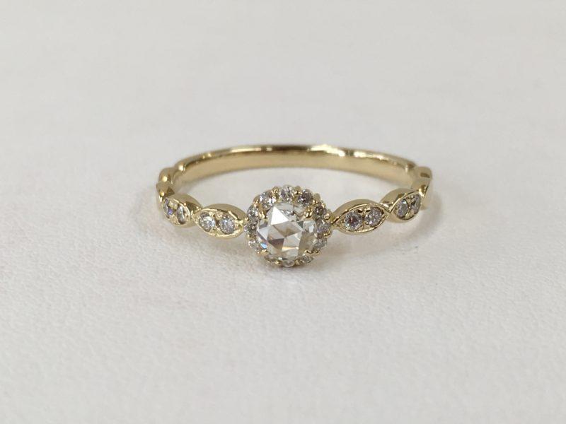 ローズカットのダイヤモンドリング