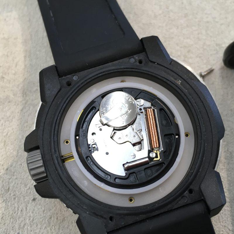 ルミノックス 腕時計 電池交換