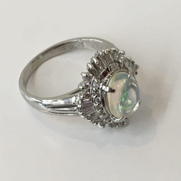 オパールの指輪 ペンダントに作り替え ジュエリーリフォーム 山梨県