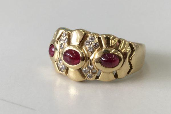 ダイヤが外れて無くなってしまった指輪の修理