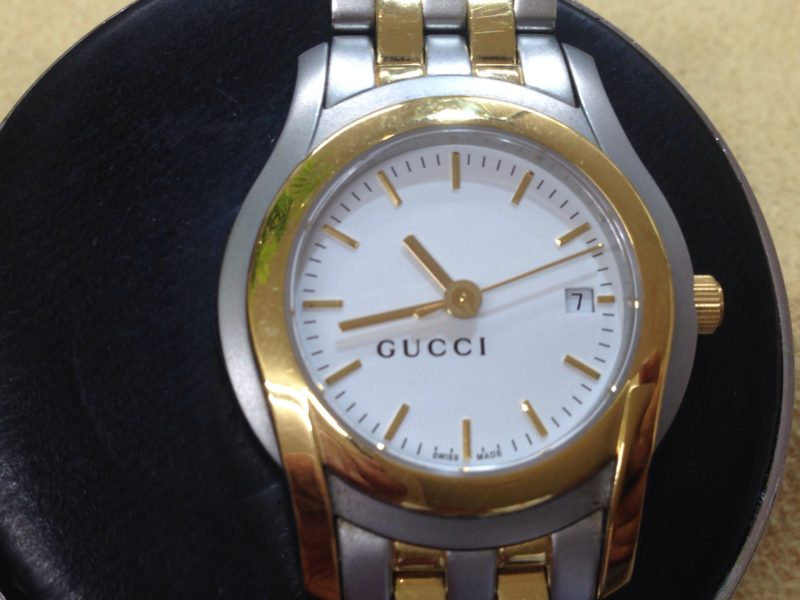 GUCCI 5500L 腕時計電池交換 山梨県