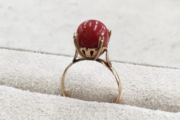 K18サンゴの指輪をペンダントに作り替え
