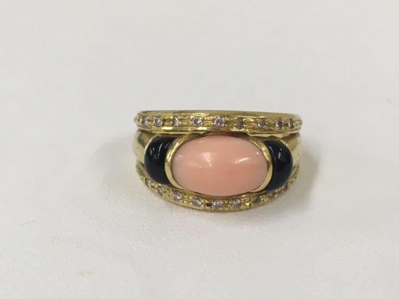 桃色サンゴの指輪