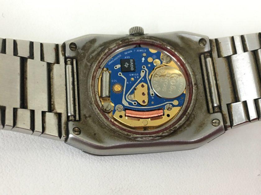 RADOの腕時計 電池交換 ETA ムーブメント