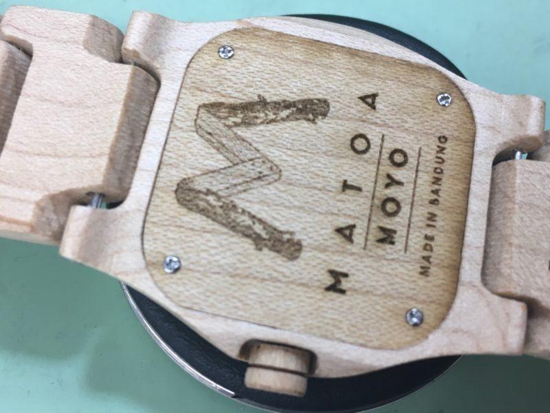 マトア MATOA 裏ブタ 腕時計 木製腕時計 インドネシア