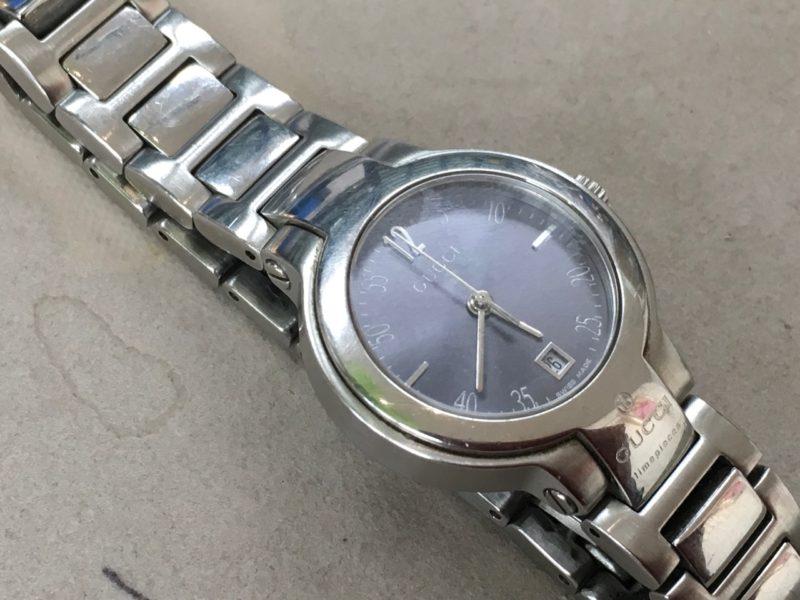 big sale 37ce6 9b9a7 GUCCIの腕時計のベルトの長さ調整はお待ちの間にすぐ出来ます ...