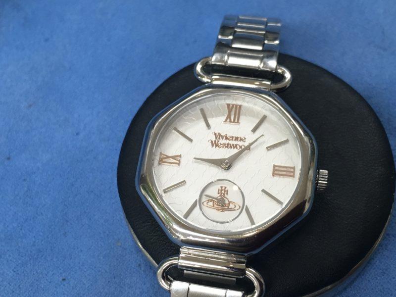 ヴィヴィアンウエストウッドの腕時計の電池交換