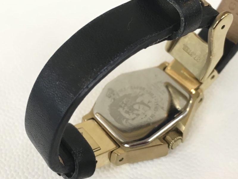 ディーゼル腕時計DZ-5226の電池交換