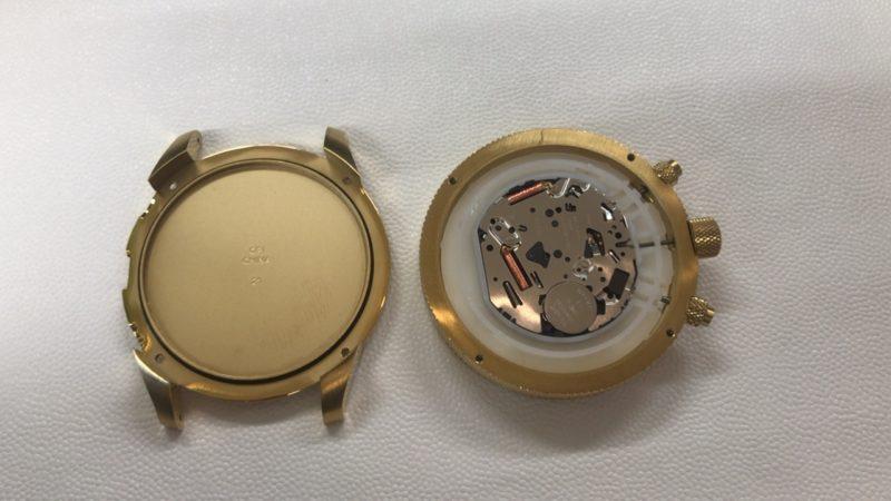 ディーゼル腕時計の電池交換_