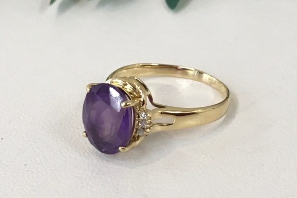 【ダイヤが外れた!?】18金サファイアの指輪の修理