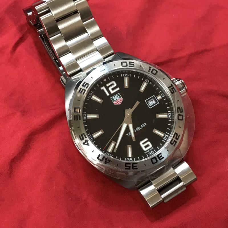 タグホイヤー腕時計ベルトの長さの調整 コマ詰め