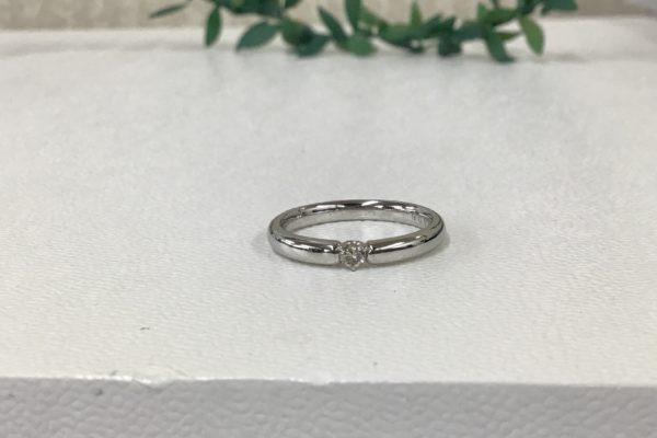 結婚指輪のダイヤが外れて無くなってしまった。