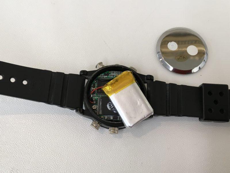 電池交換が出来ない腕時計