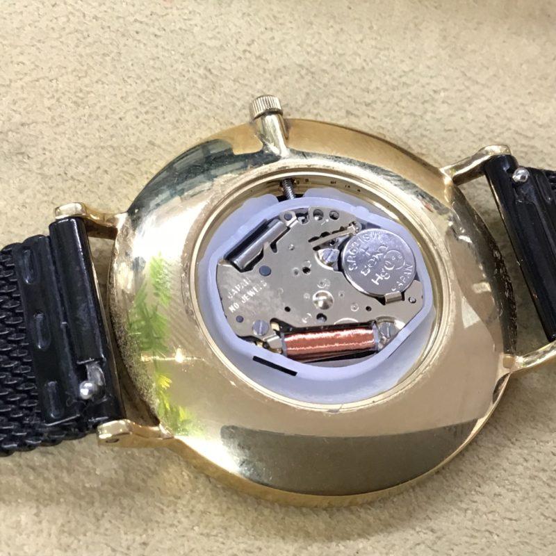 MIYOTAのムーブメント 腕時計の電池交換