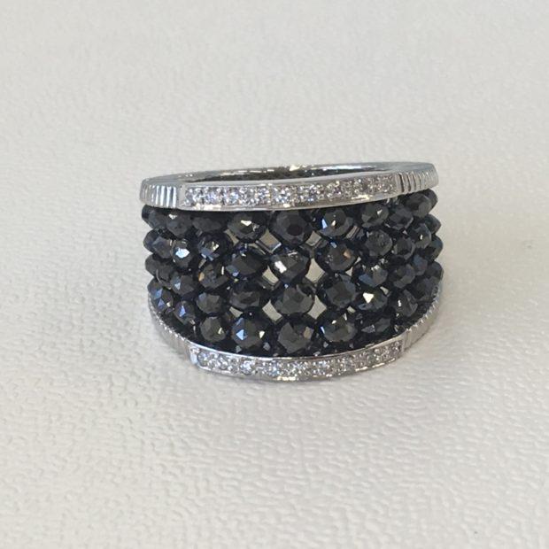 ブラックダイヤブレスレットを指輪にリフォーム AFTER
