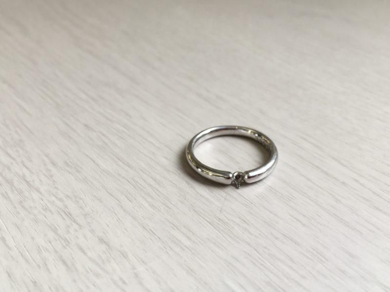 結婚指輪のダイヤモンドが取れてしまった。