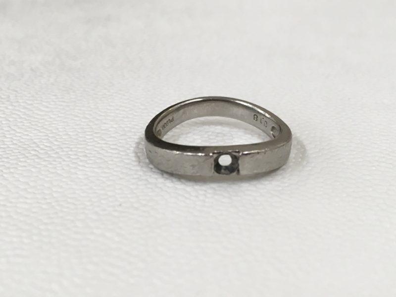 指輪からダイヤモンドが外れた