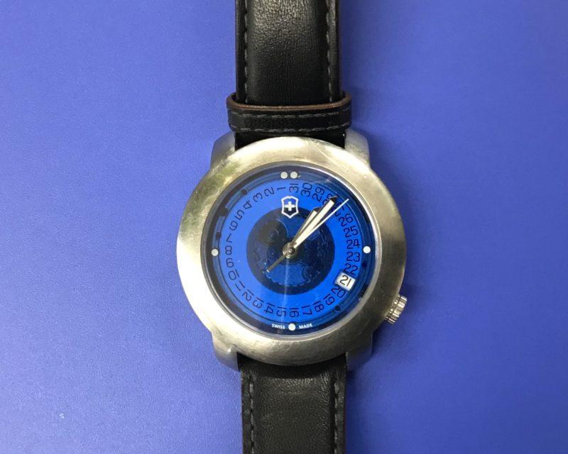 ビクトリノックスの腕時計の電池交換