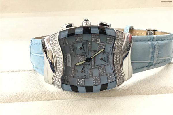 韓国スターがつけていて人気上昇中のTroFishの腕時計の電池交換