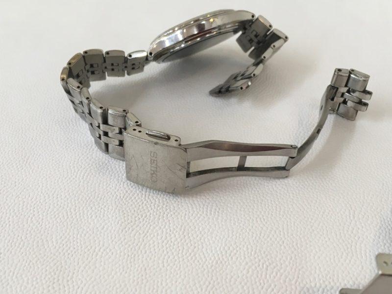 腕時計のベルト修理