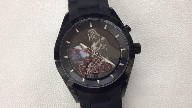 2015年公開のスターウォーズ_フォースの覚醒_限定腕時計