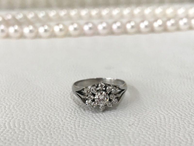 指輪の石留め修理