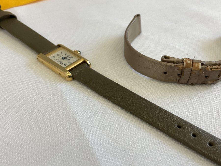 カルティエ_タンクの腕時計の革ベルトを交換