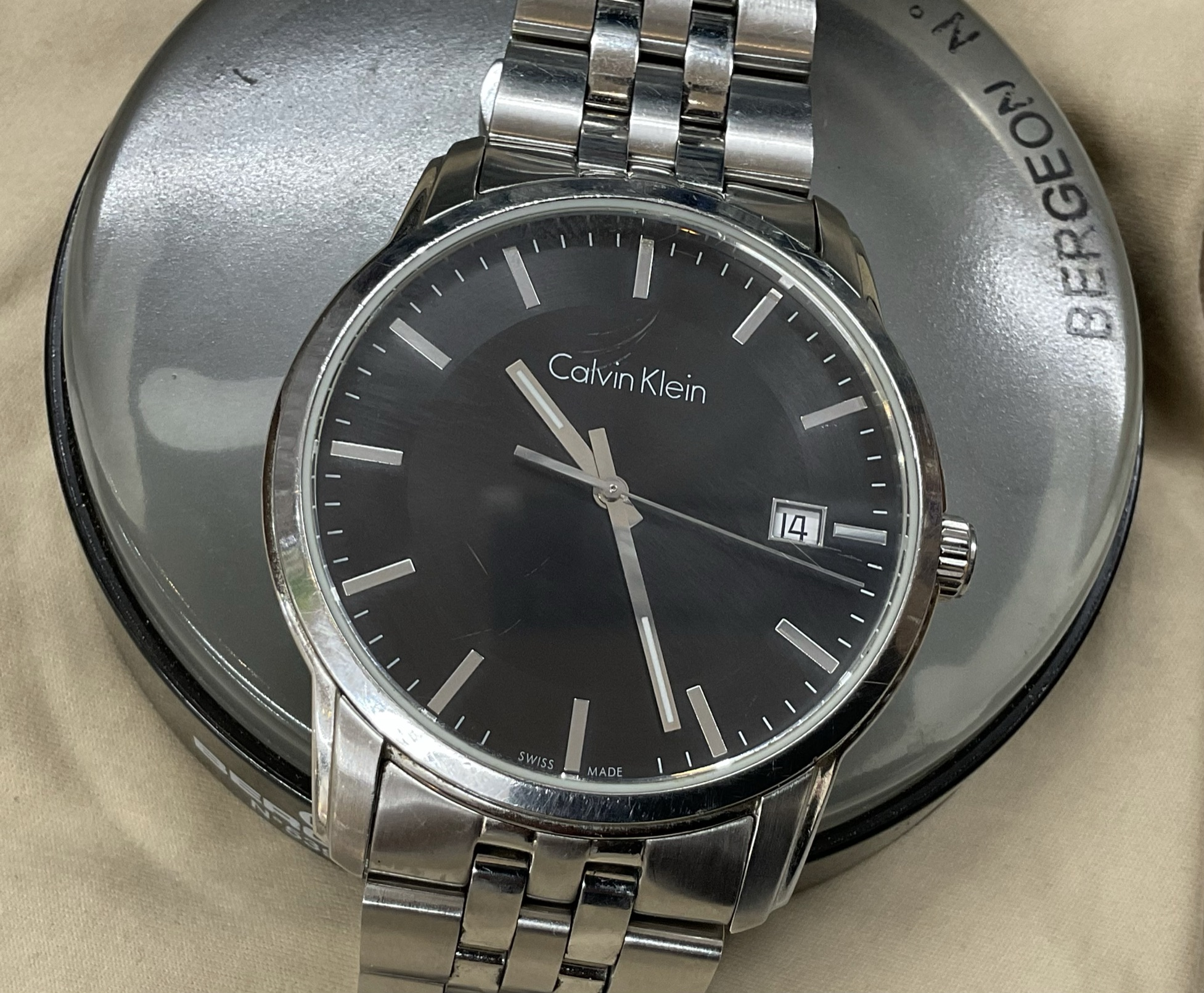 カルバンクラインの腕時計電池交換