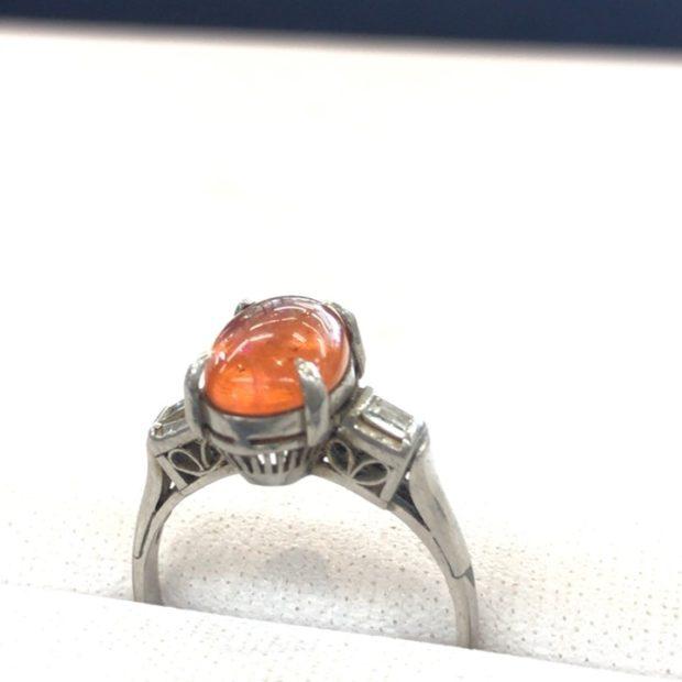 ファイヤーオパールの指輪をペンダントに作り変え BEFORE