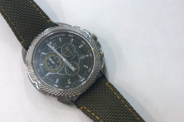 腕時計のベルト交換