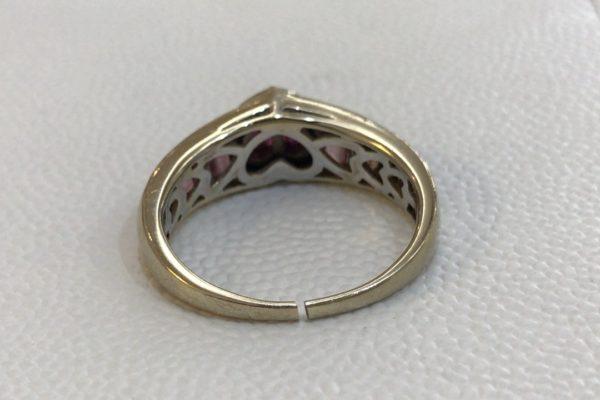 18金ホワイトゴールドの指輪のロー付けとロジウムメッキ修理