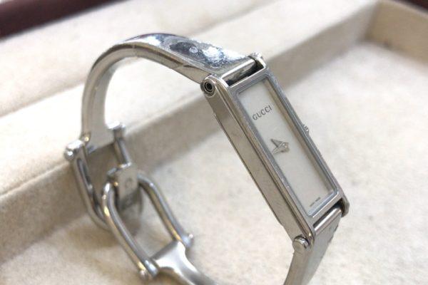 GUCCIの腕時計の修理