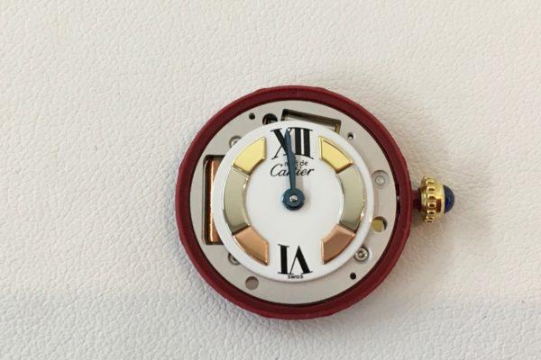 カルティエ腕時計の電池交換すぐ出来ます。