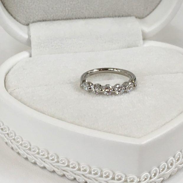 お母様からお嫁さんへ指輪を想いが受け継がれていくジュエリー AFTER