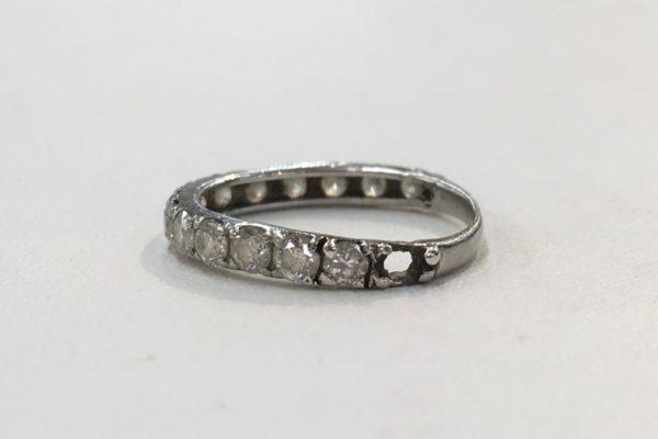 一文字ダイヤモンドの指輪の修理(ダイヤが外れて無くなった。)