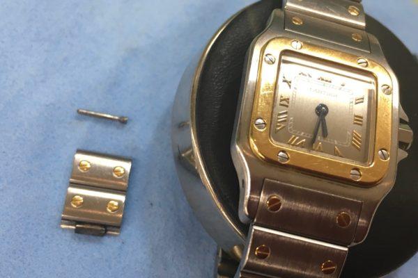 カルティエ腕時計のベルトの長さ調整はお待ちの間に出来ます。